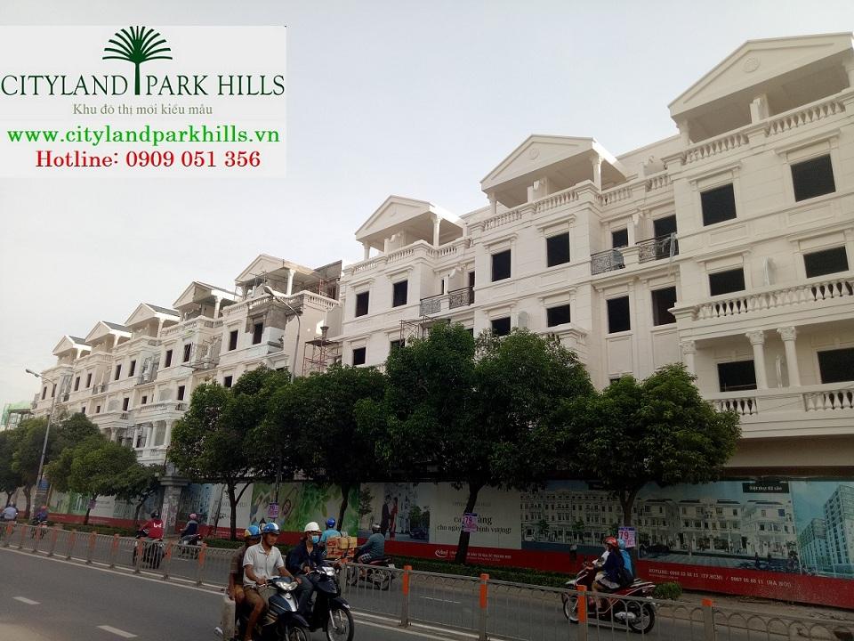 Nhà phố mặt tiền Cityland Park Hills